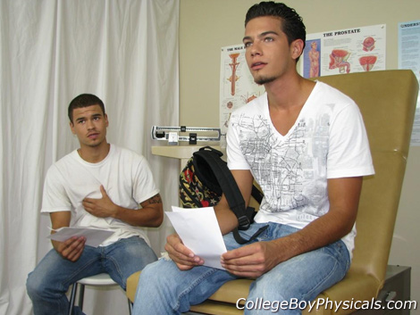 Gay Doctor : College Boy Physicals – Pierre & Nick!